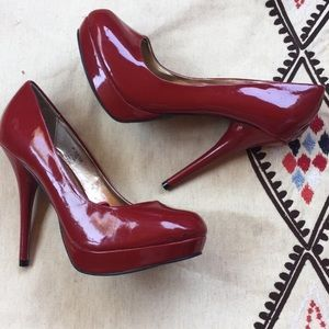 Steve Madden P-Reta patent heels Sz 7M
